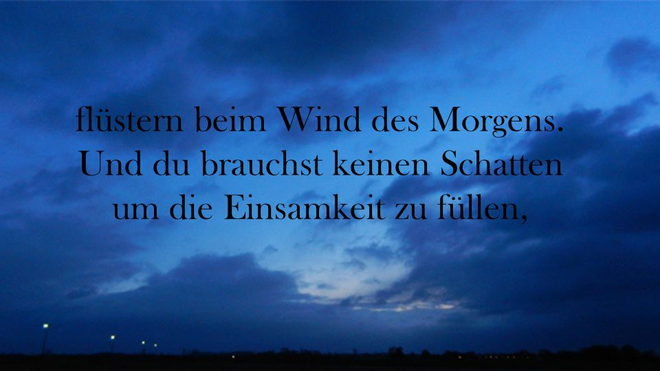 flüstern beim Wind des Morgens