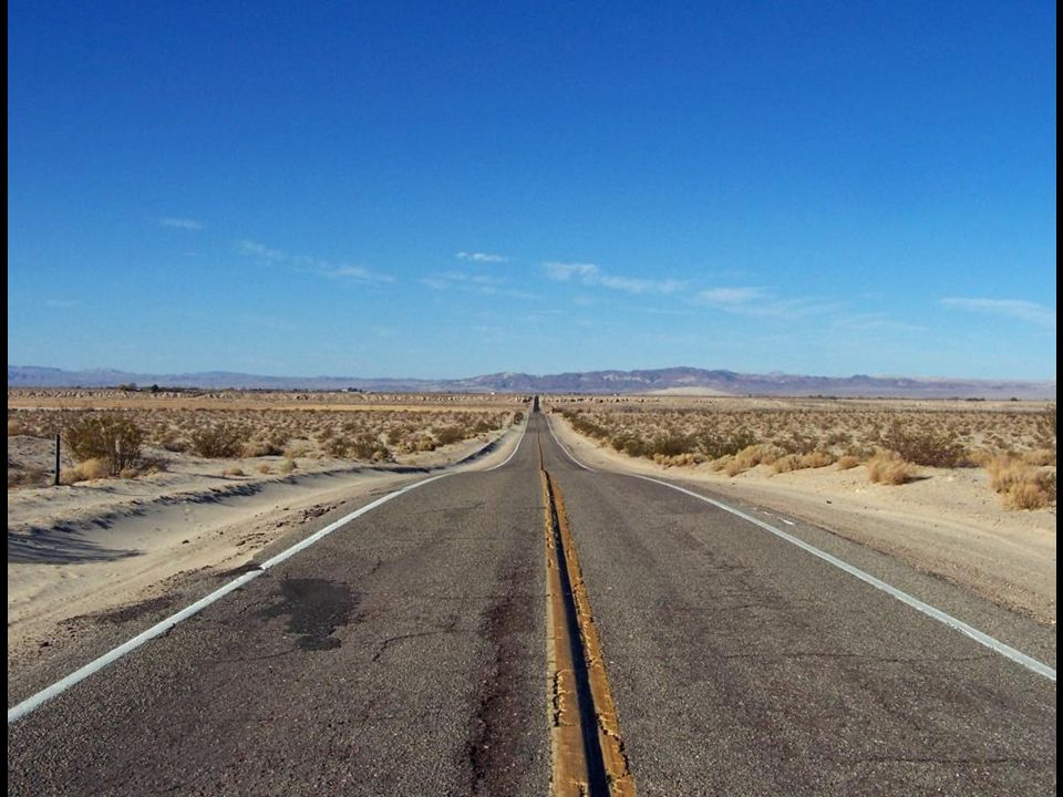 Die berühmte Route 66 in Richtung Las Vegas