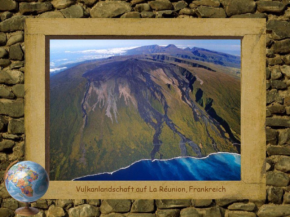 Vulkanlandschaft auf La Réunion, Frankreich