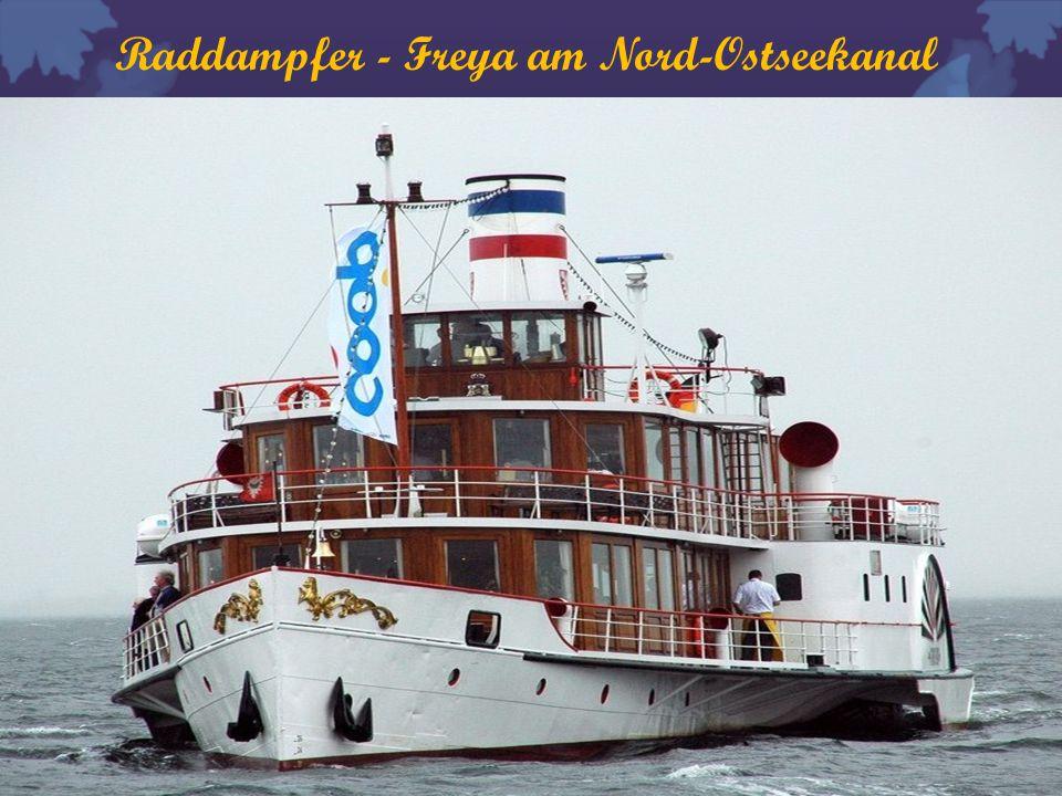Raddampfer - Freya am Nord-Ostseekanal