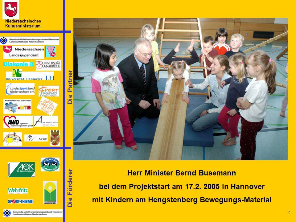 Herr Minister Bernd Busemann