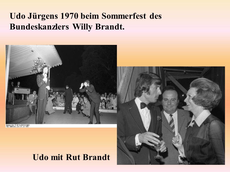 Udo Jürgens 1970 beim Sommerfest des Bundeskanzlers Willy Brandt.