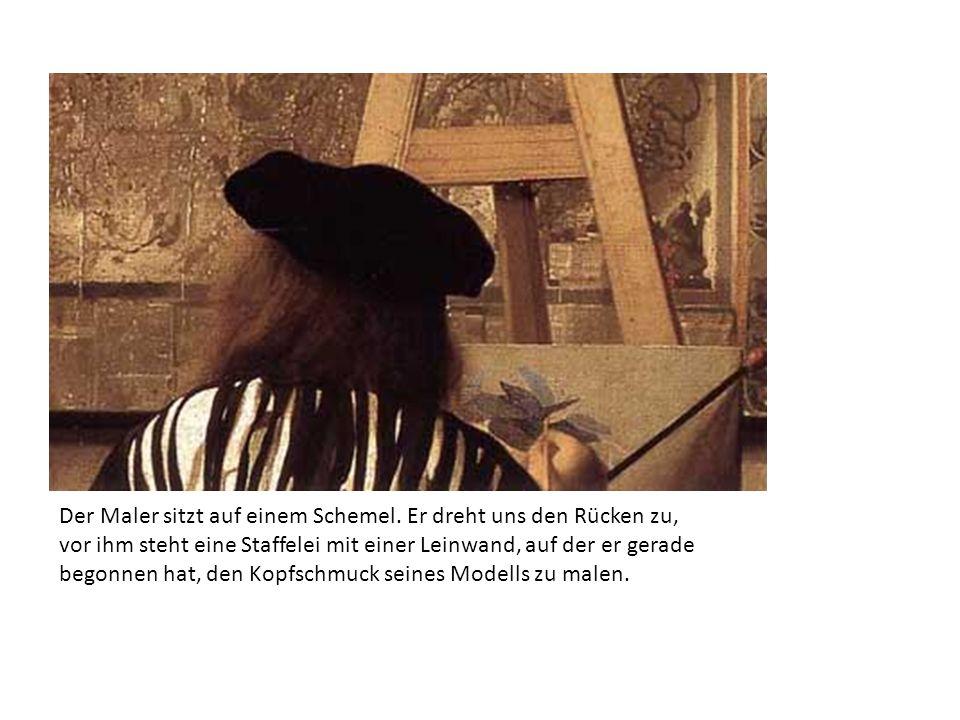 Der Maler sitzt auf einem Schemel