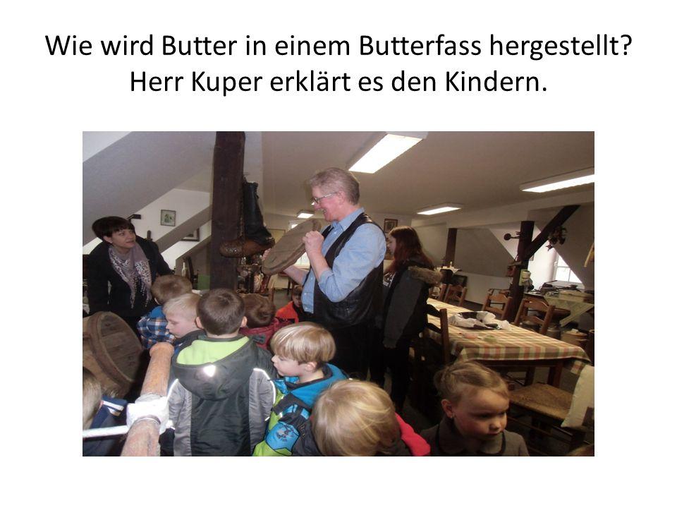 Wie wird Butter in einem Butterfass hergestellt