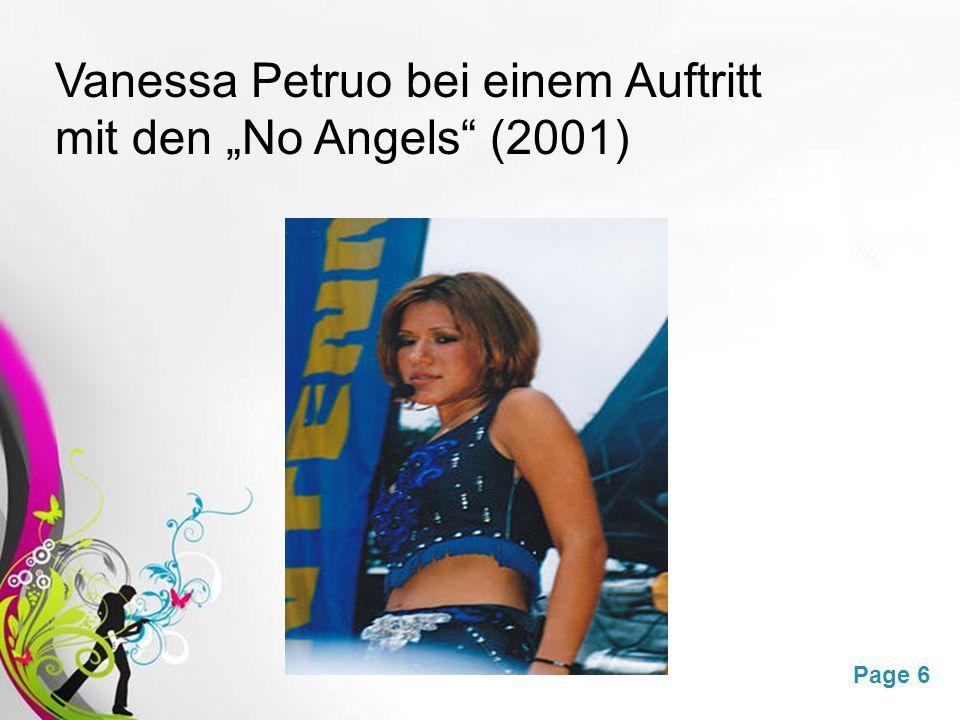 """Vanessa Petruo bei einem Auftritt mit den """"No Angels (2001)"""