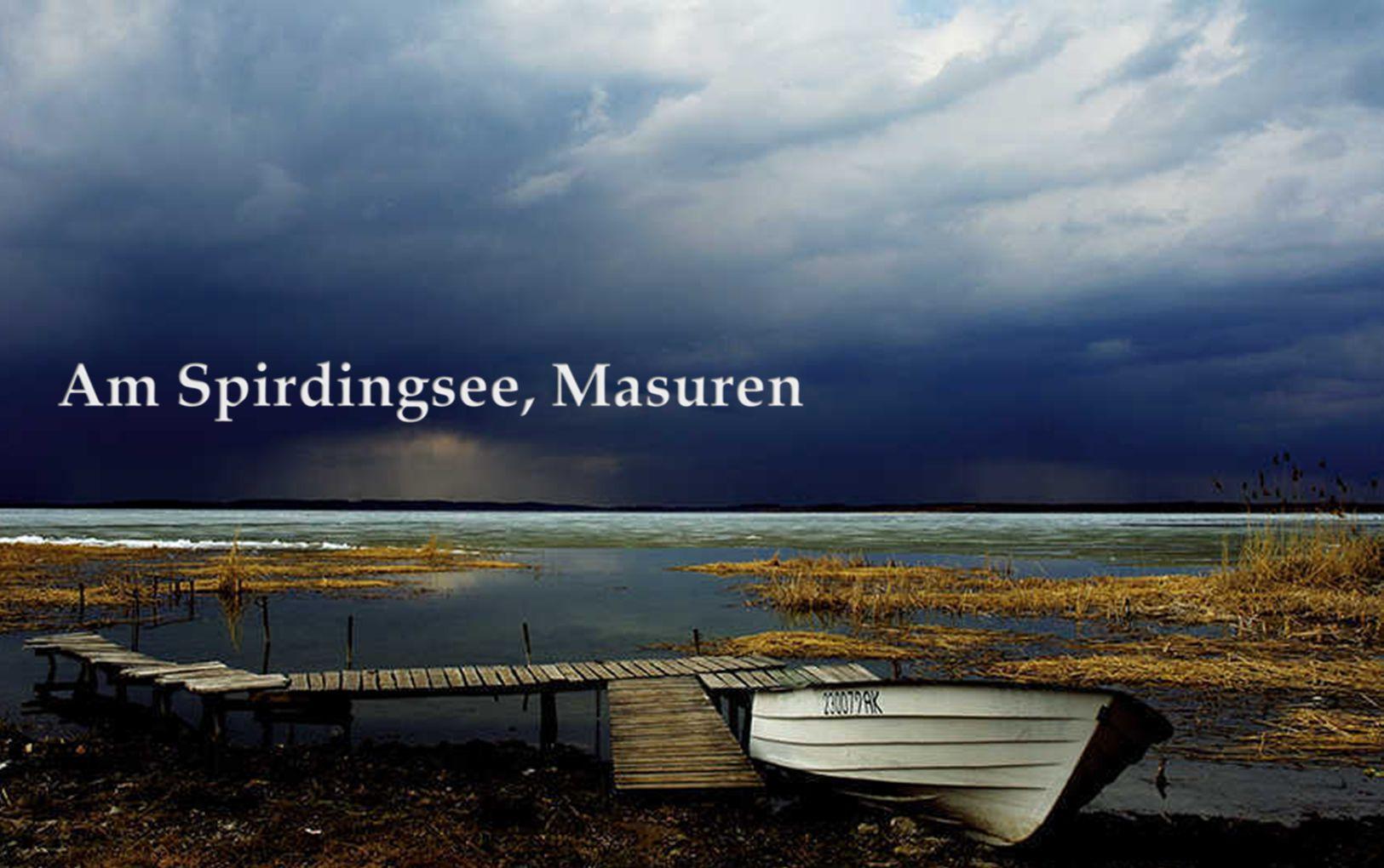 Der Spirdingsee ist mit 114 km² Fläche der größte See Polens und war bis 1945 der größte vollständig in Deutschland gelegene See (der größte heute vollständig in Deutschland gelegene See, die Müritz, ist 112,6 km² groß). Der Spirdingsee gehört zur Masurischen Seenplatte und ist 22,1 km lang und 13,4 km breit. Der nächstgrößere masurische See, der Mauersee, ist 104 km² groß.
