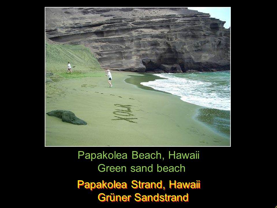 Papakolea Beach, Hawaii Green sand beach