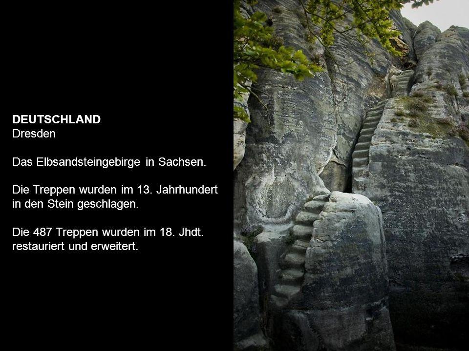 DEUTSCHLAND Dresden Das Elbsandsteingebirge in Sachsen.