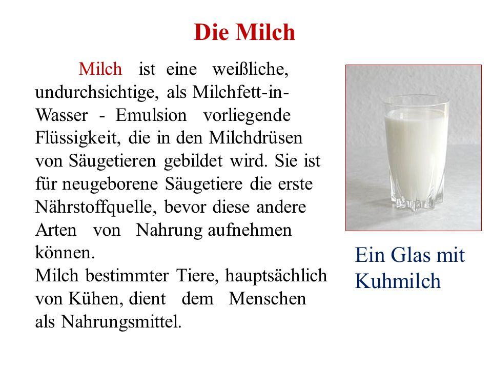 Die Milch Ein Glas mit Kuhmilch