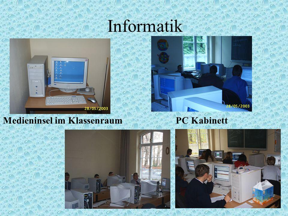 Informatik Medieninsel im Klassenraum PC Kabinett