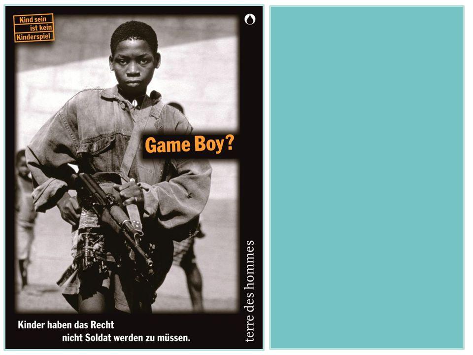 """Foto """"Game Boy als Einstieg in das Thema Kindersoldaten."""