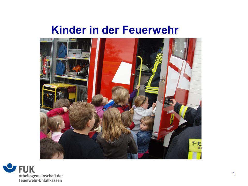 Kinder in der Feuerwehr