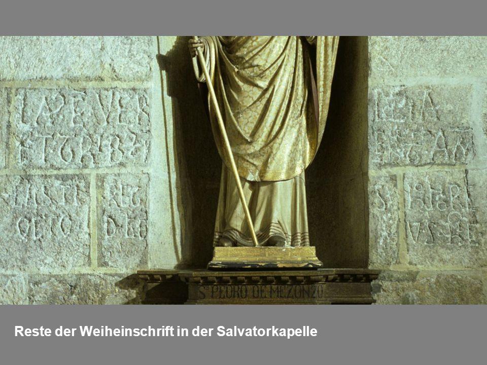 Reste der Weiheinschrift in der Salvatorkapelle