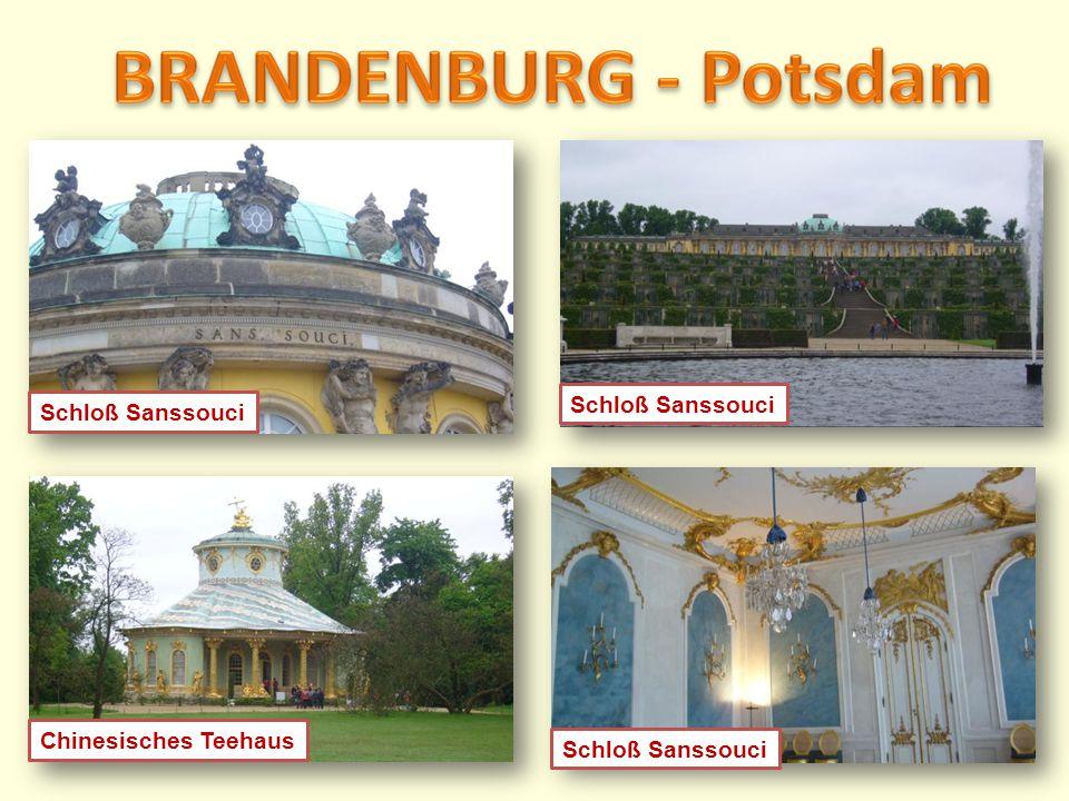 BRANDENBURG - Potsdam Schloß Sanssouci Schloß Sanssouci