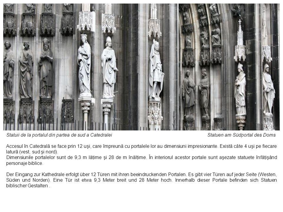 Statuii de la portalul din partea de sud a Catedralei Statuen am Südportal des Doms