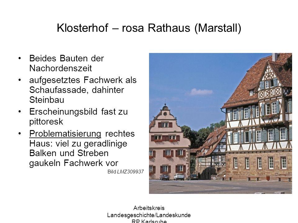 Klosterhof – rosa Rathaus (Marstall)