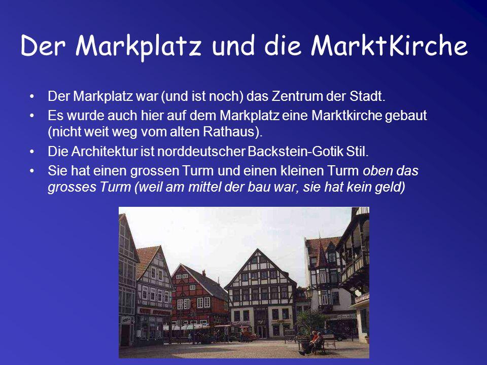 Der Markplatz und die MarktKirche