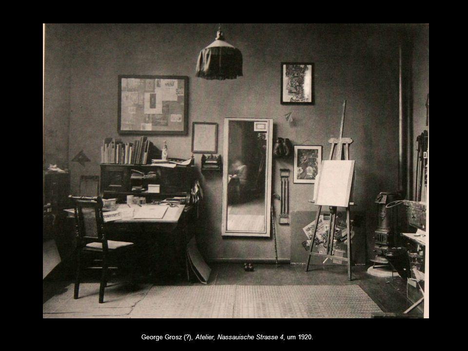 George Grosz ( ), Atelier, Nassauische Strasse 4, um 1920.