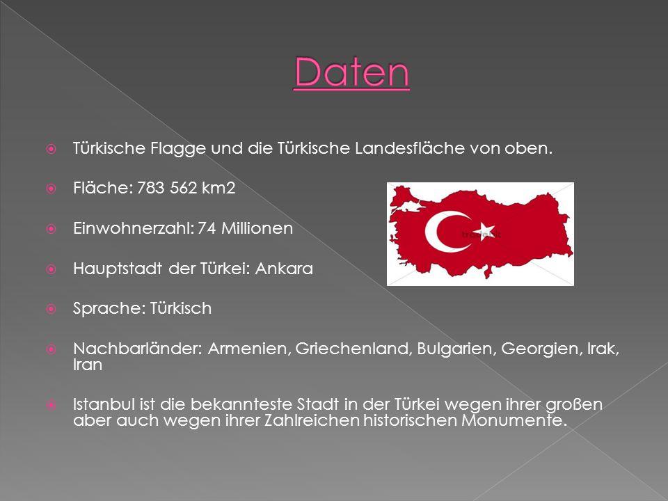 Daten Türkische Flagge und die Türkische Landesfläche von oben.
