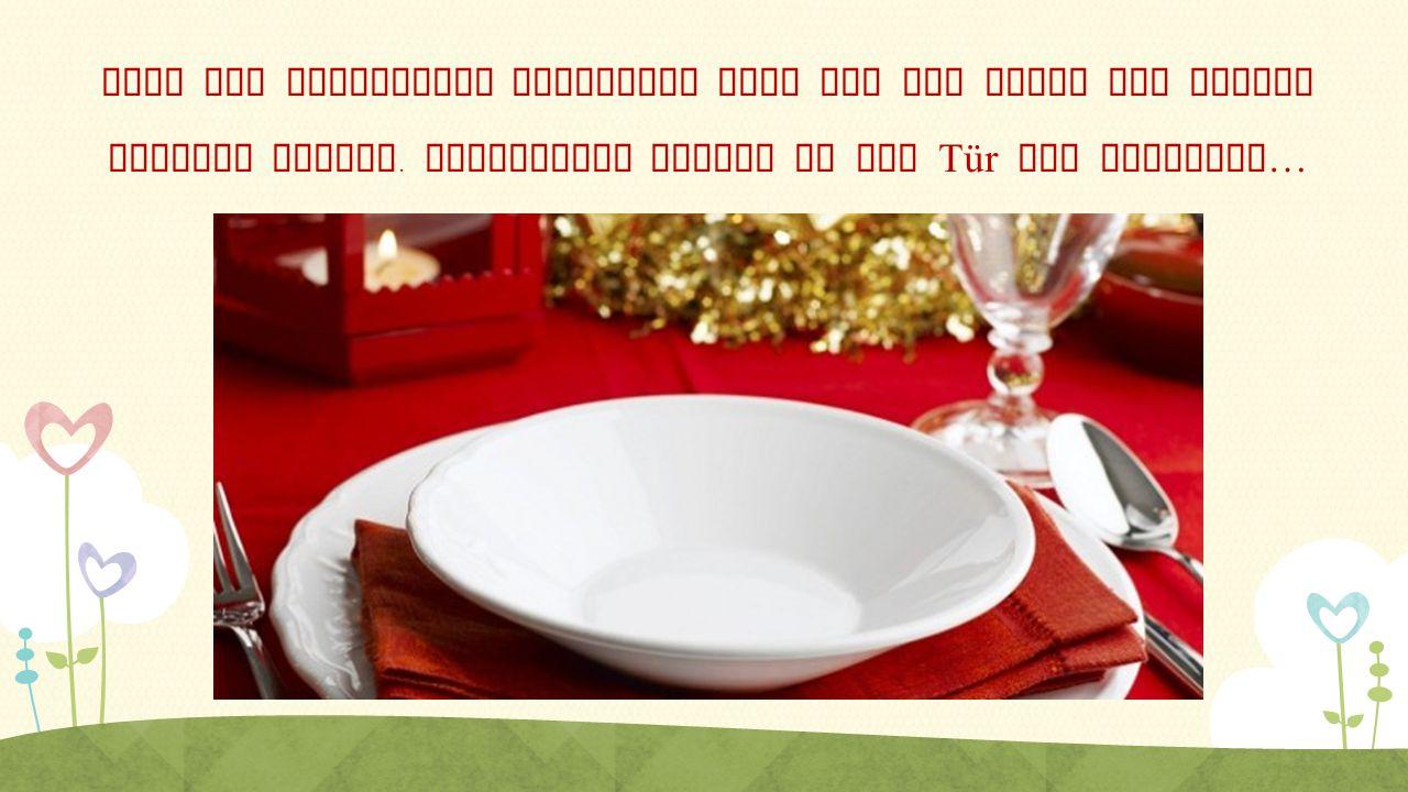 Nach der polnischen Tradition muss auf dem Tisch ein leeres Gedeckt stehen.
