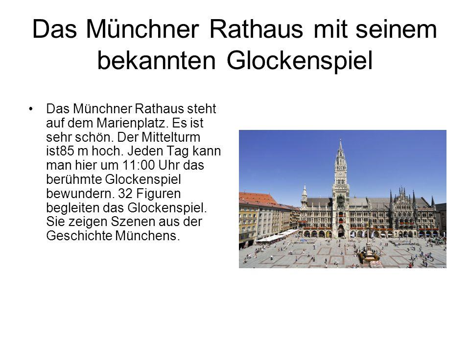 Das Münchner Rathaus mit seinem bekannten Glockenspiel