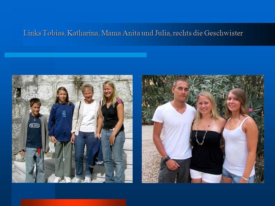 Links Tobias, Katharina, Mama Anita und Julia, rechts die Geschwister