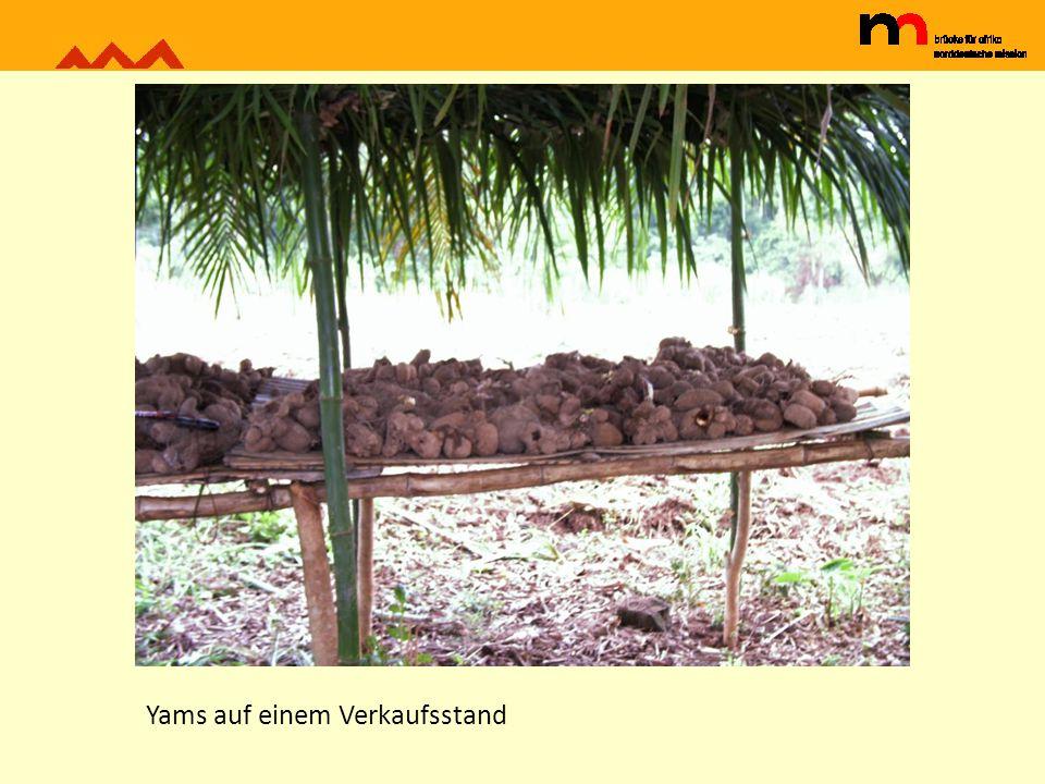 Yams auf einem Verkaufsstand