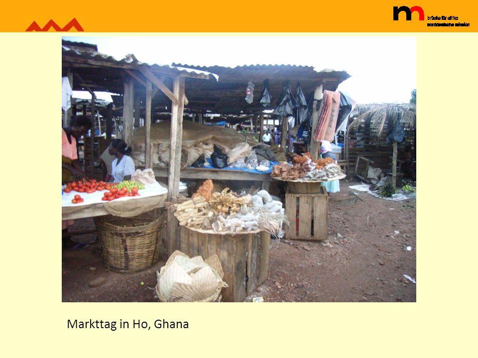 Markttag in Ho, Ghana