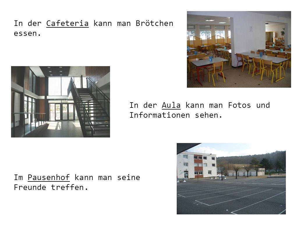 In der Cafeteria kann man Brötchen essen.
