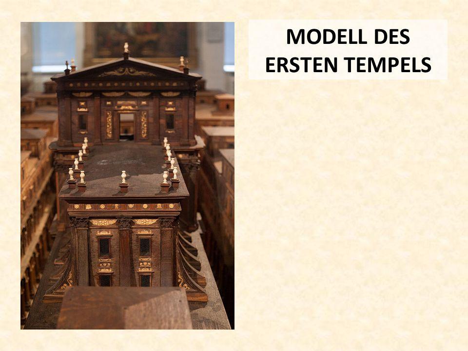 MODELL DES ERSTEN TEMPELS