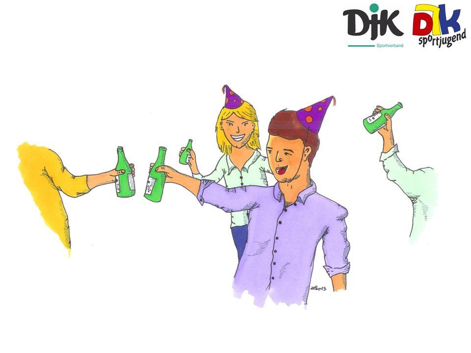 Feier: Ein junger Mann geht unter der Woche feiern…