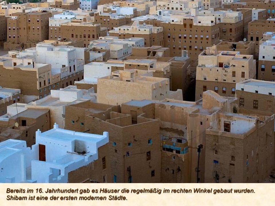 Bereits im 16. Jahrhundert gab es Häuser die regelmäßig im rechten Winkel gebaut wurden.