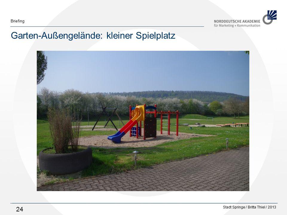 Garten-Außengelände: kleiner Spielplatz