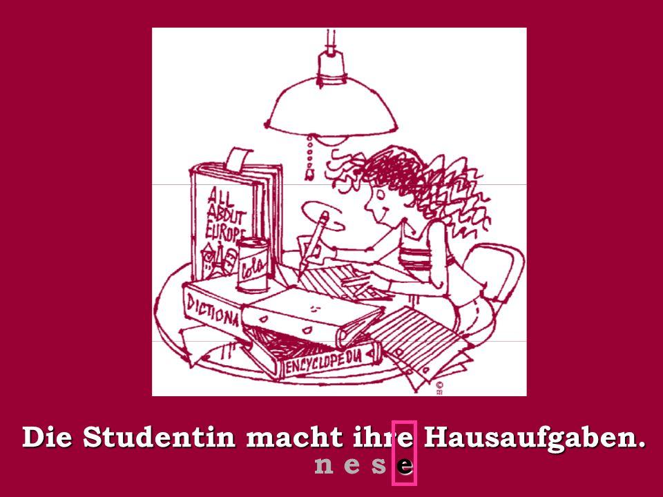 Die Studentin macht ihre Hausaufgaben.