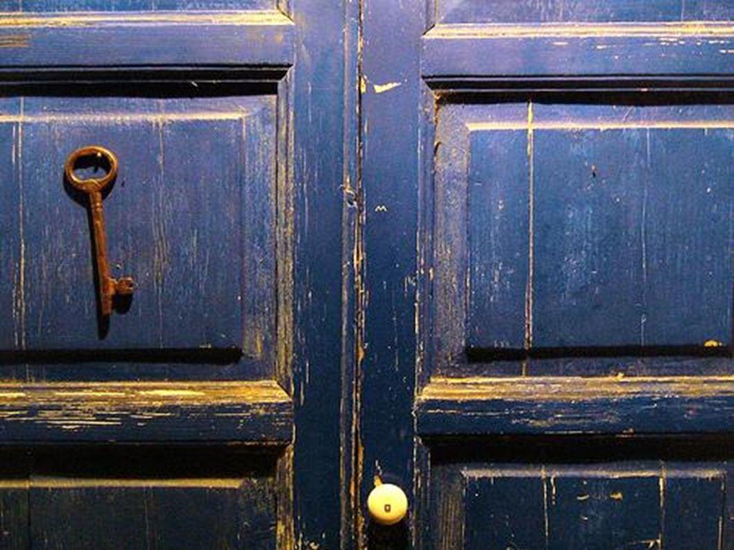 An der blauen Tür