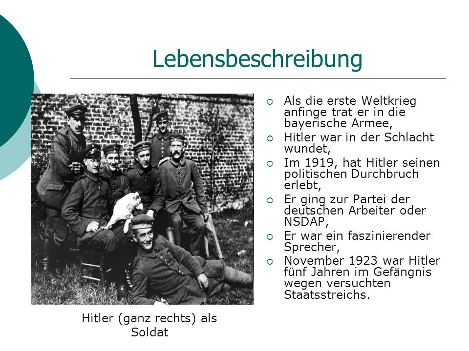 Hitler (ganz rechts) als Soldat