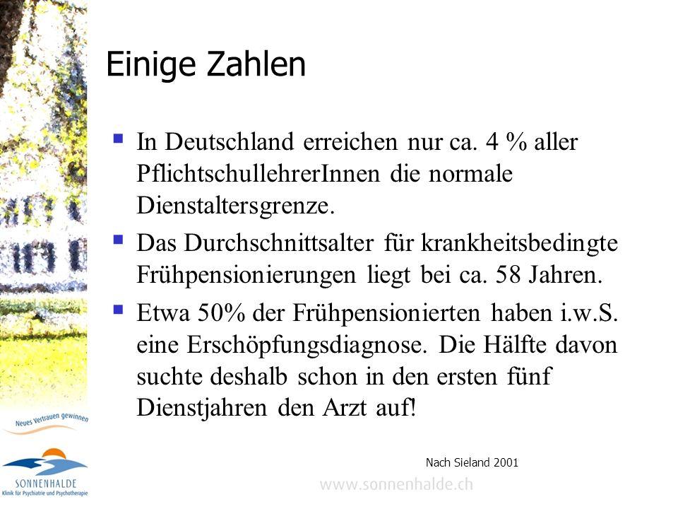 Einige ZahlenIn Deutschland erreichen nur ca. 4 % aller PflichtschullehrerInnen die normale Dienstaltersgrenze.