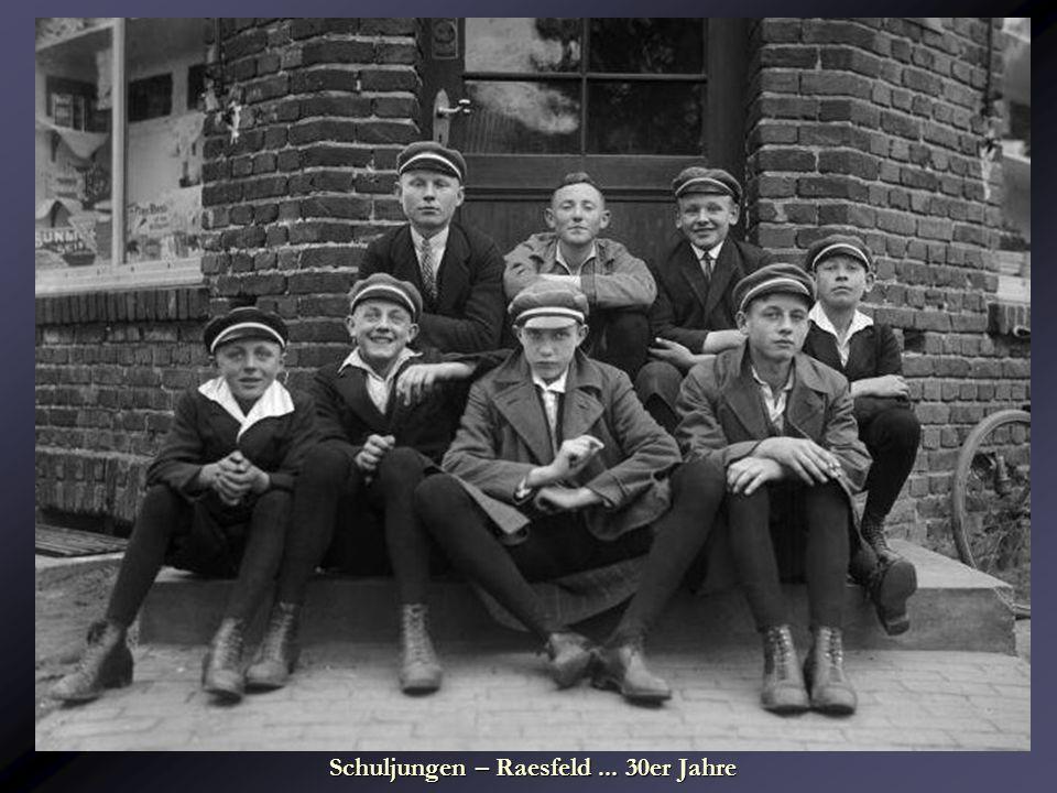Schuljungen – Raesfeld ... 30er Jahre