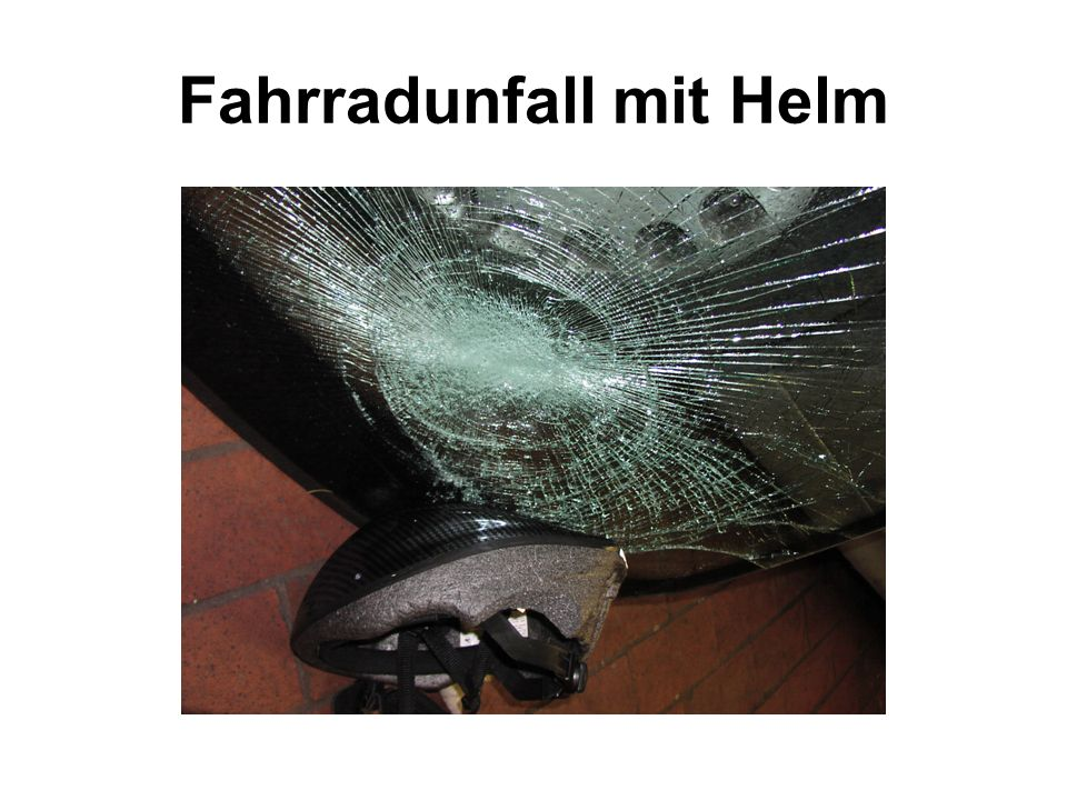 Fahrradunfall mit Helm