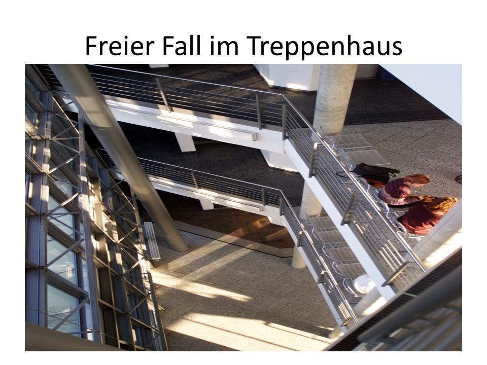 Freier Fall im Treppenhaus