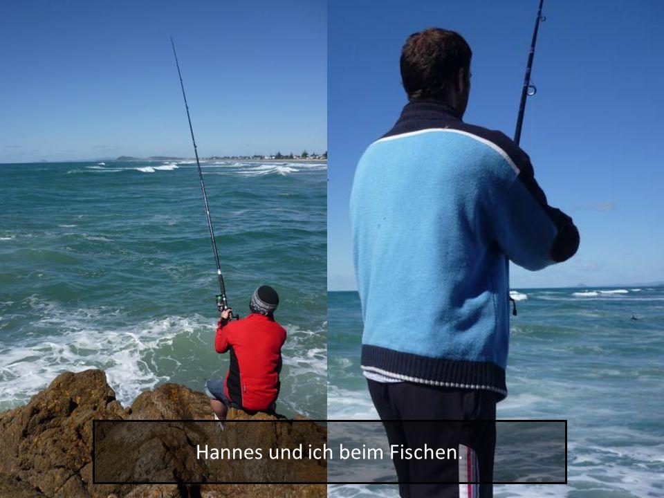 Hannes und ich beim Fischen.