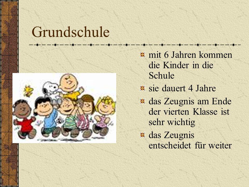 Grundschule mit 6 Jahren kommen die Kinder in die Schule