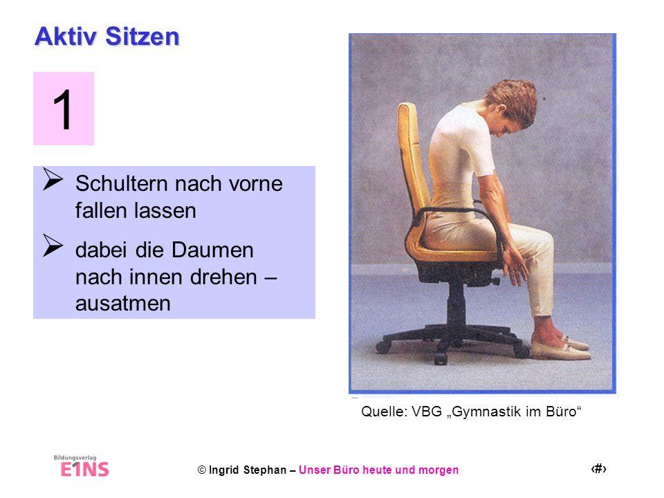 1 Aktiv Sitzen Schultern nach vorne fallen lassen