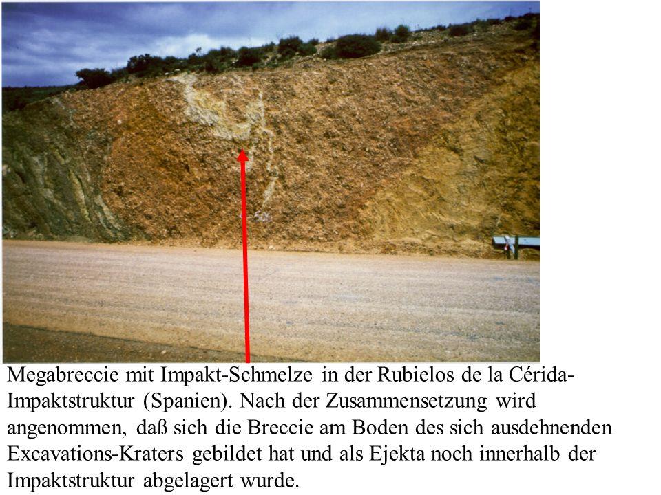 Megabreccie mit Impakt-Schmelze in der Rubielos de la Cérida-Impaktstruktur (Spanien).