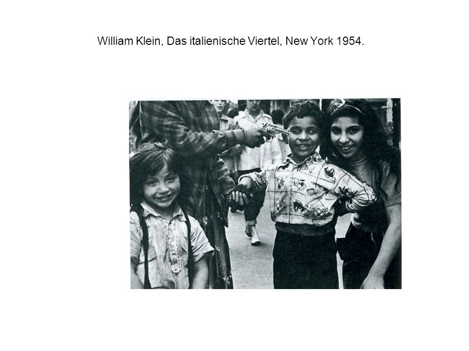 William Klein, Das italienische Viertel, New York 1954.