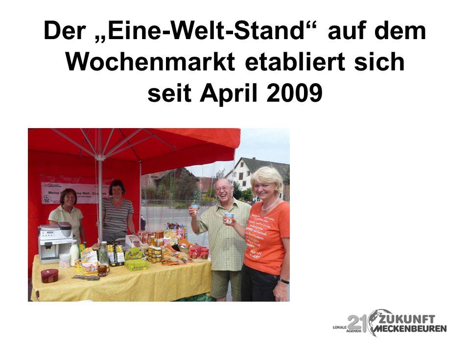 """Der """"Eine-Welt-Stand auf dem Wochenmarkt etabliert sich seit April 2009"""