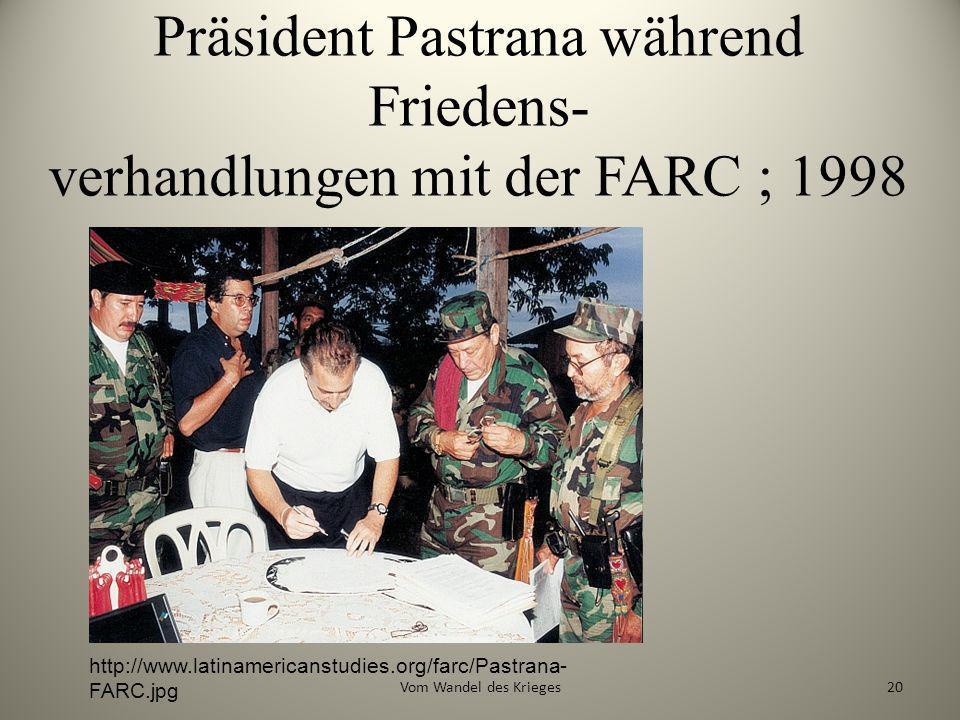 Präsident Pastrana während Friedens- verhandlungen mit der FARC ; 1998