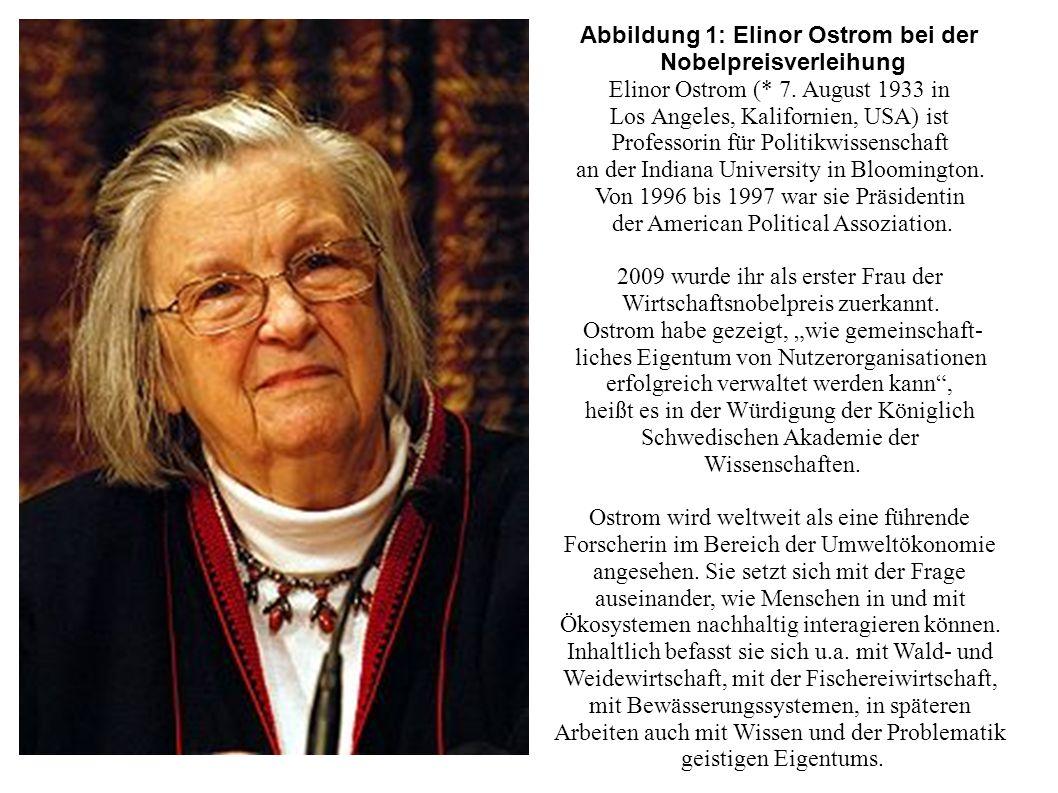 Abbildung 1: Elinor Ostrom bei der Nobelpreisverleihung