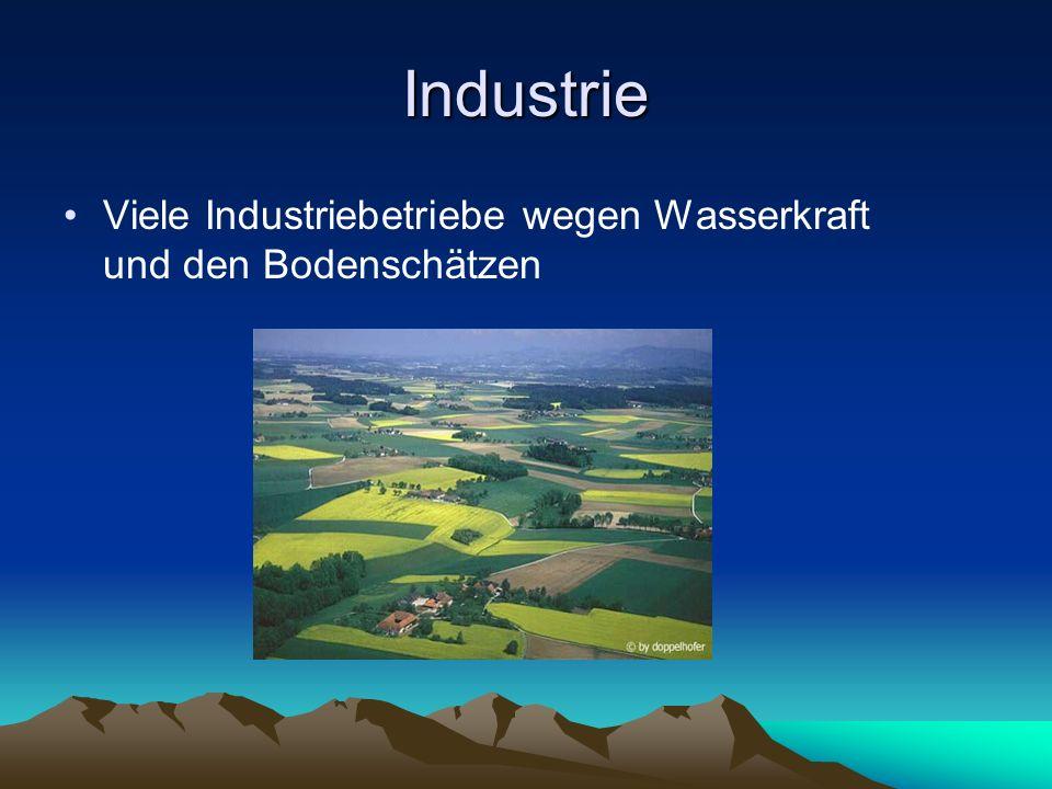 Industrie Viele Industriebetriebe wegen Wasserkraft und den Bodenschätzen