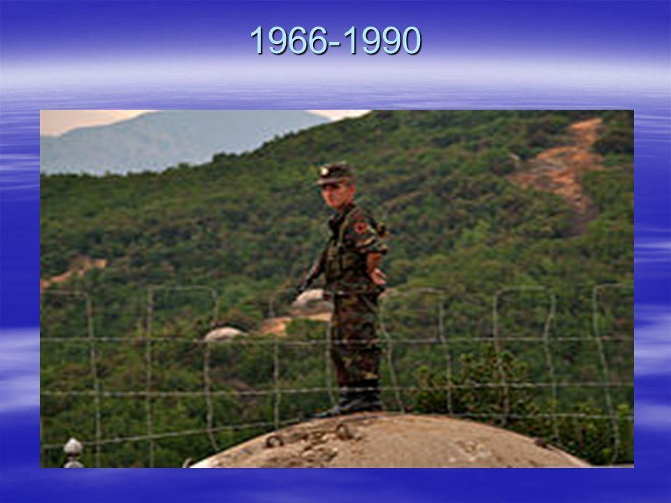 1966-1990 Mitte der 70 Jahre wurde mit dem Aufbau bunkeriseirten Verteidigungssystem angefangen.